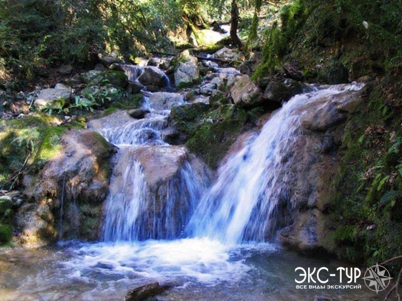 Долина легенд - 33 водопада